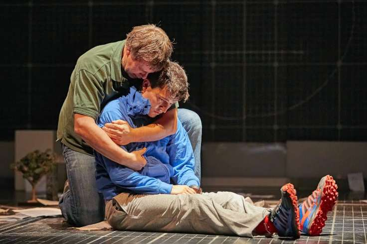 The Curious Incident of the Dog in the Night Time Lowry Theatre Review Mark Haddon Simon Stephens Joshua Jenkins Stuart Laing