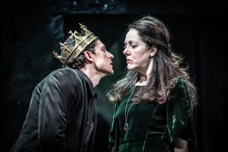 Richard III HOME Theatre Manchester Tom Mothersdale Headlong
