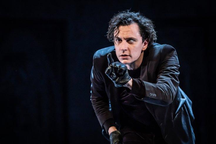 Richard III HOME Manchester Tom Mothersdale Headlong Theatre